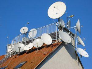 Установка спутниковых тарелок